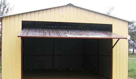 Bramy garażowe – ważny element garażu blaszanego
