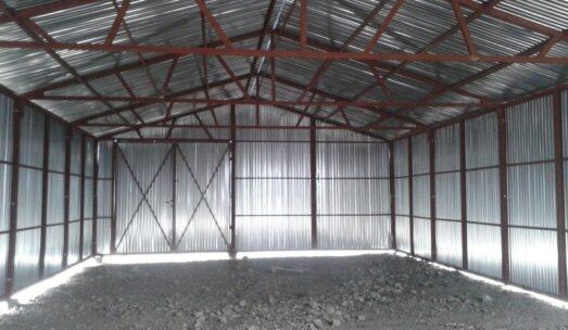 Wiata na konstrukcji stalowej