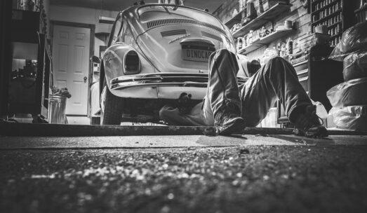 Hala stalowa dla warsztatu samochodowego – czy warto?